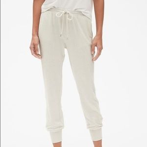 Gap Softspun Brushed Joggers